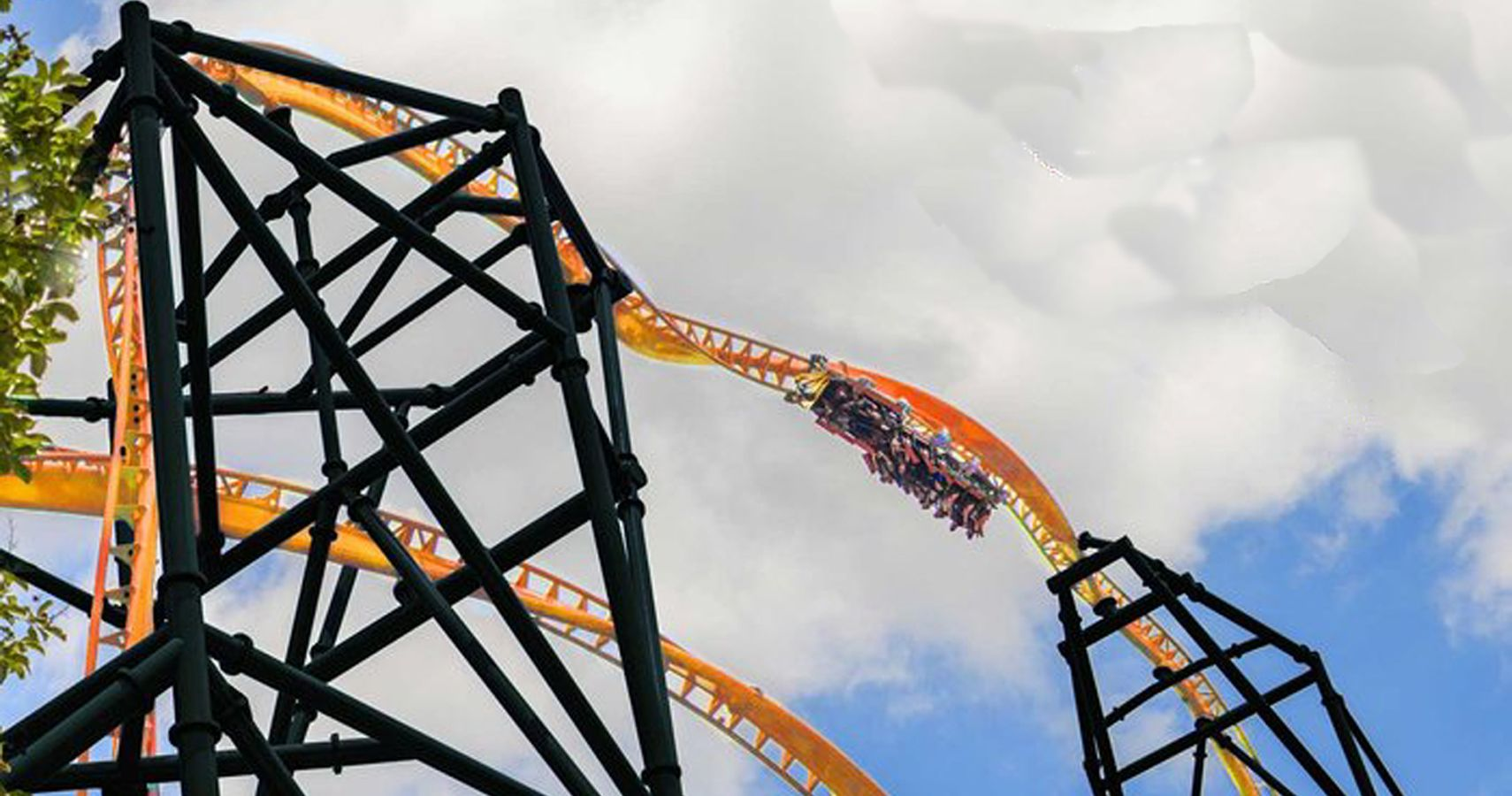 Fling 150 feet backwards in the air with florida 39 s tallest launch roller coaster for Busch gardens height restrictions