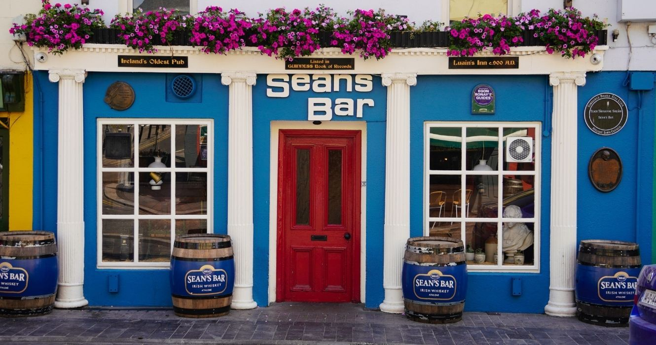 Est. AD 900? Have A Guinness At This Ireland Pub, The Oldest One In England